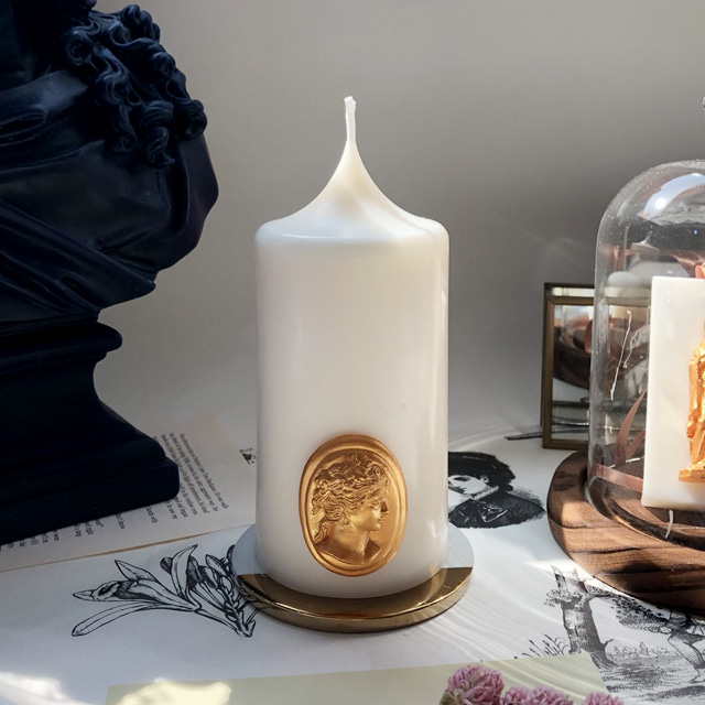 gold cameo pillar candle - ivory (m)